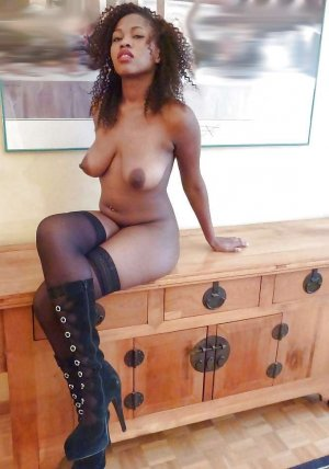 Sihana cameltoe escorts Bloomington