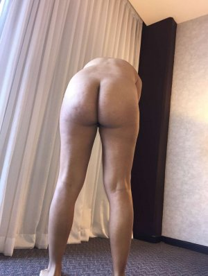 Mejdouline latina escorts in Bothell West